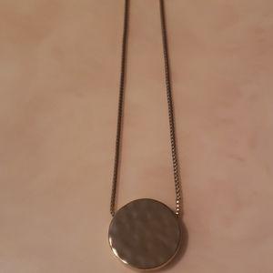Banana republic gold pendant necklace